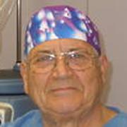 Dr. Antonio Yarza Colomar